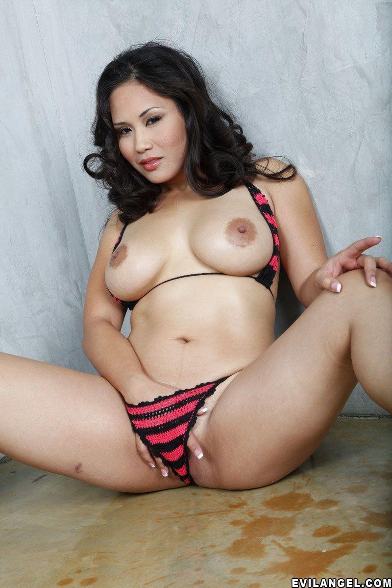 Jessica bangkok big tits