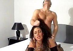 Amateur deep throat hair pulling