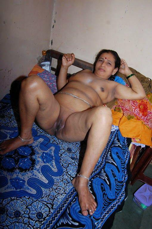 Indian nude milf pussy