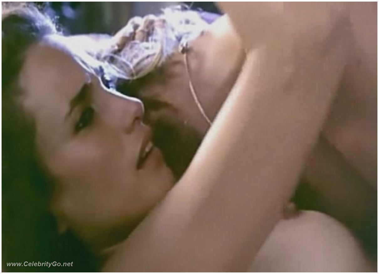 Andie macdowell nude pussy