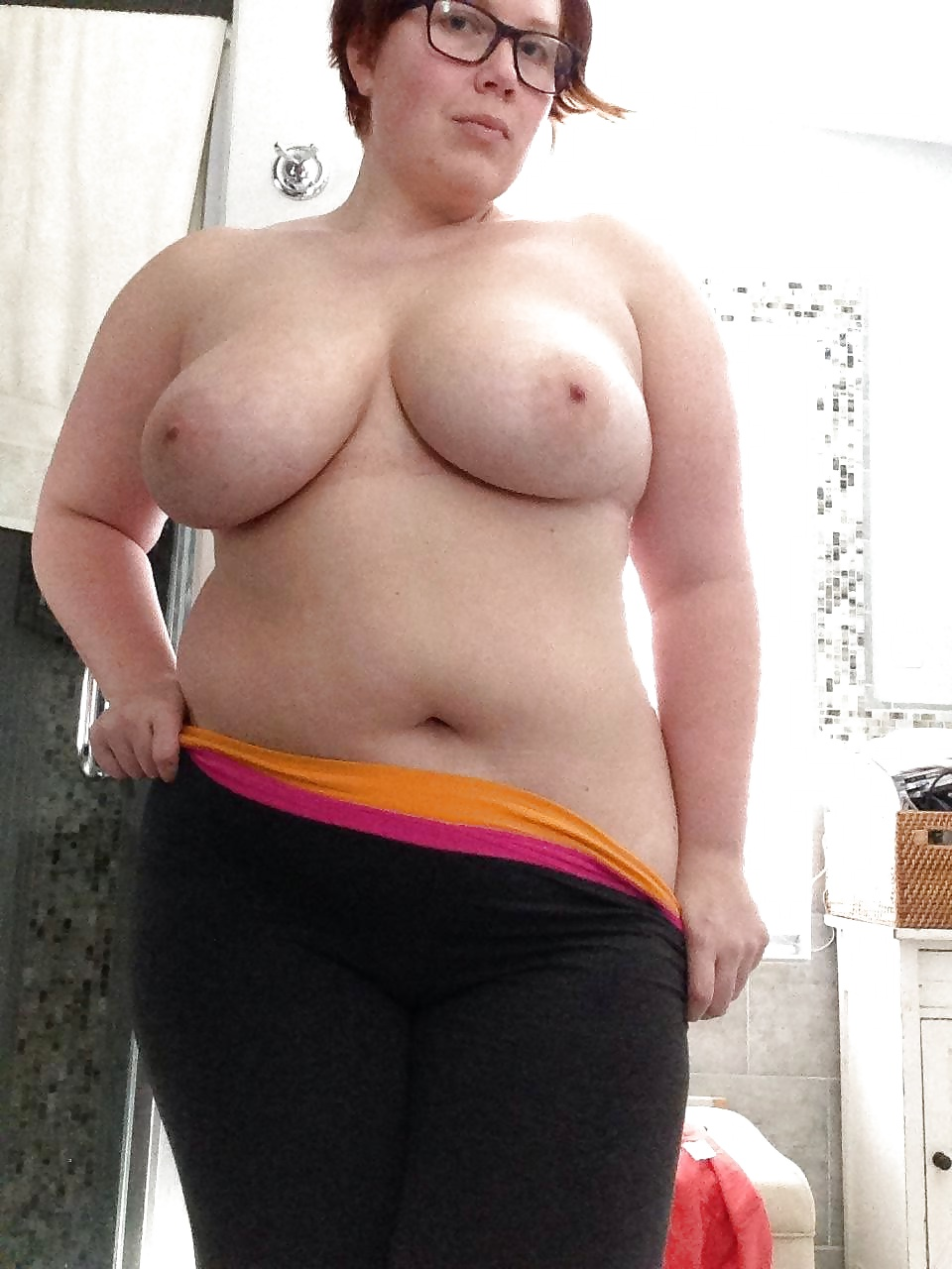 Free nude chubby milf