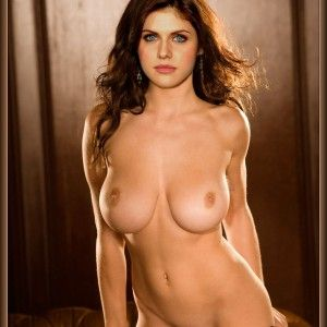 Holly met art nude
