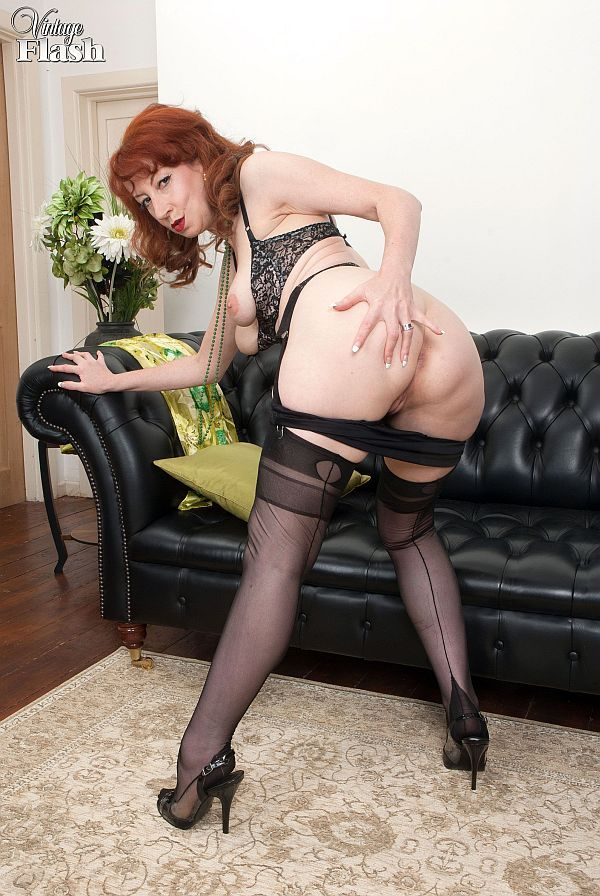 Ftree milf in nylons pictures