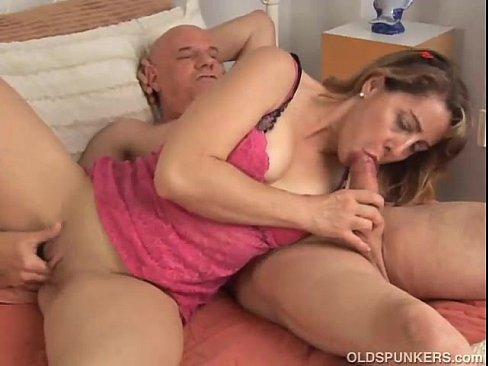 Mature amateur wife fucking