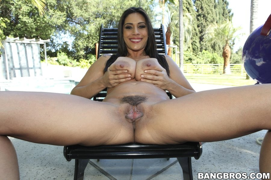 Raylene big tits round ass