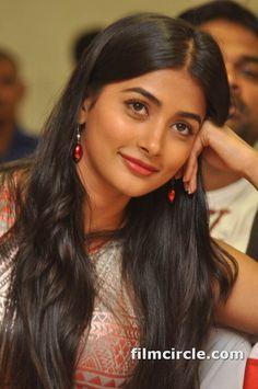 Pooja hegde hair xxx images