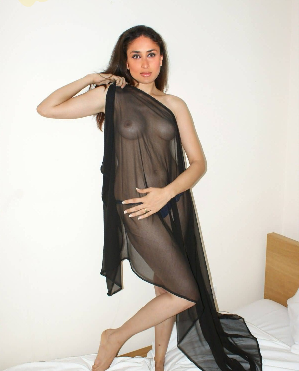 Karina kapoor anus with nipple xxx