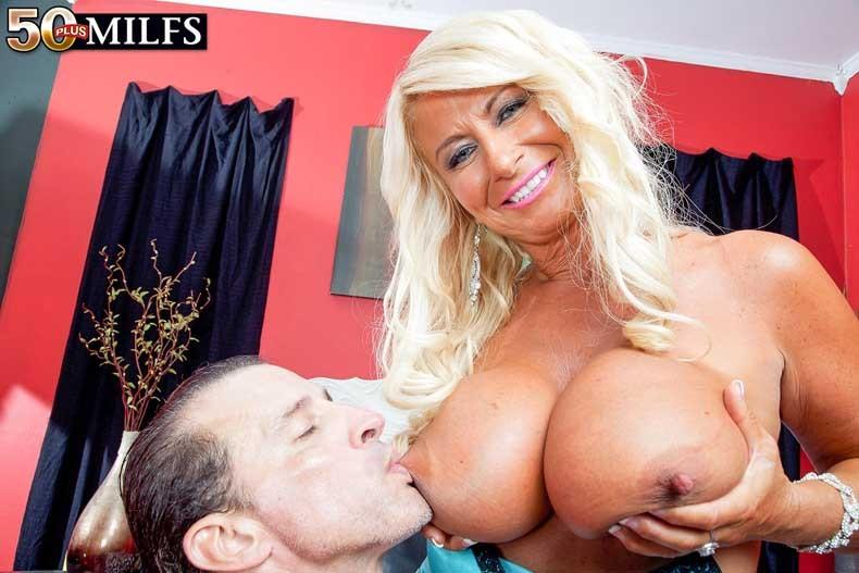Annellise sucking croft of boobs