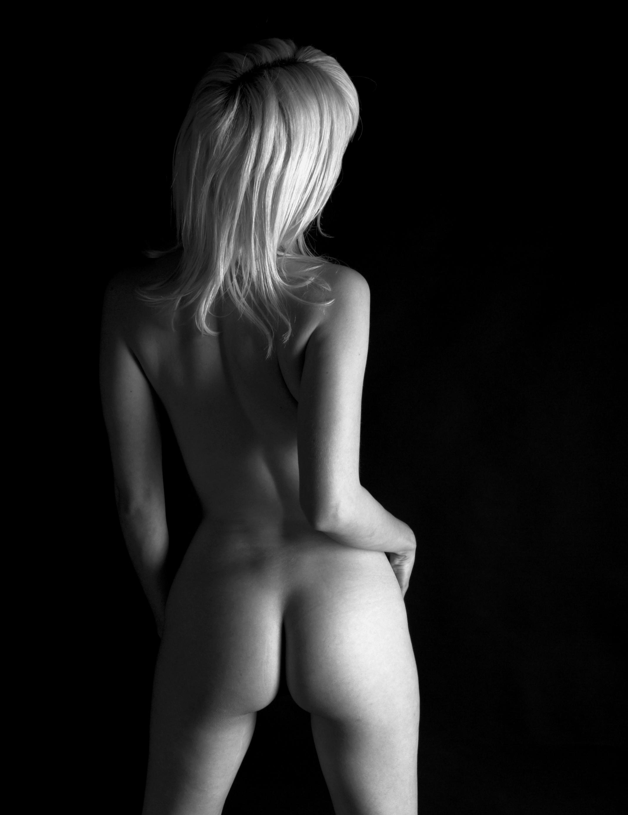 Nude back hd lady model