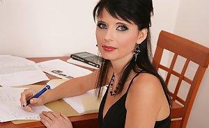 Nude photos of tamil actress kr vijaya