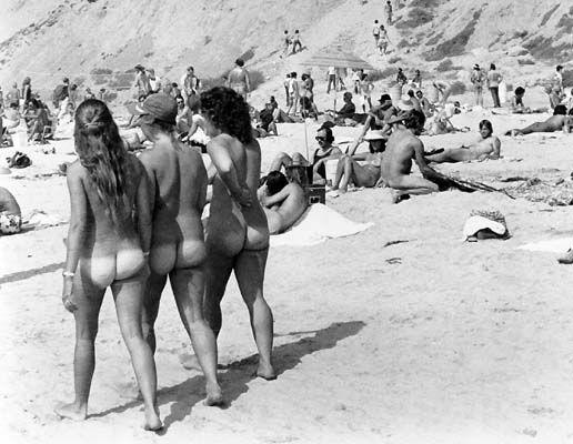 Hot naked women nudist beach