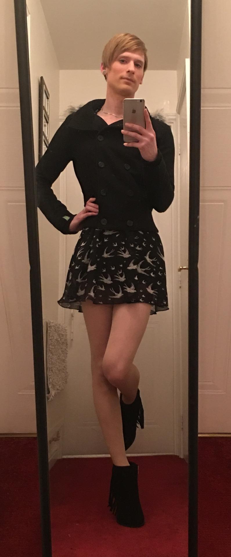 Sexy ass girls with short hair