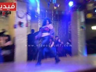 Strip porno arabian dance