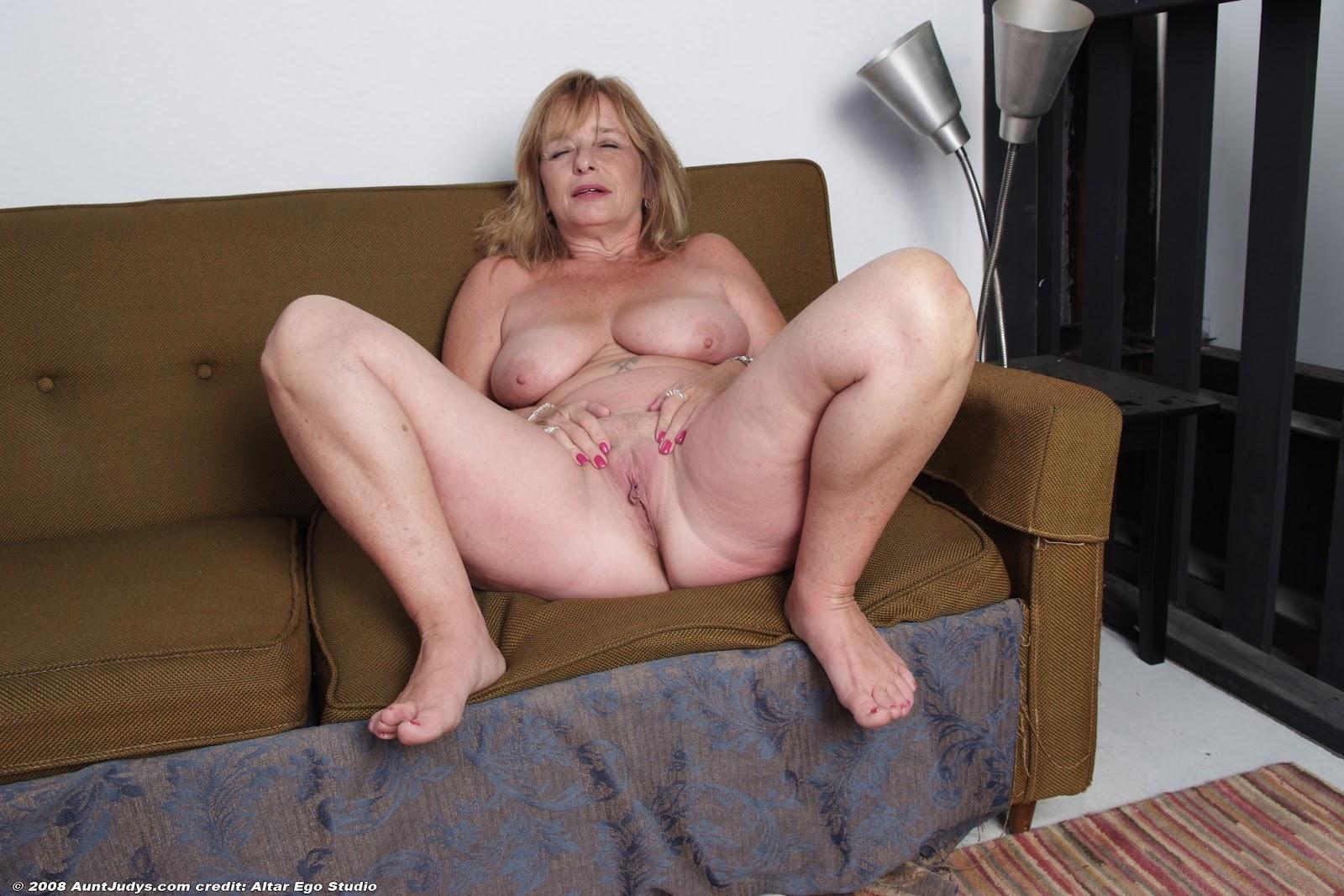 Margo aunt judys older women