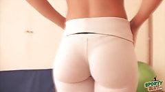 Teen nude thigh gap