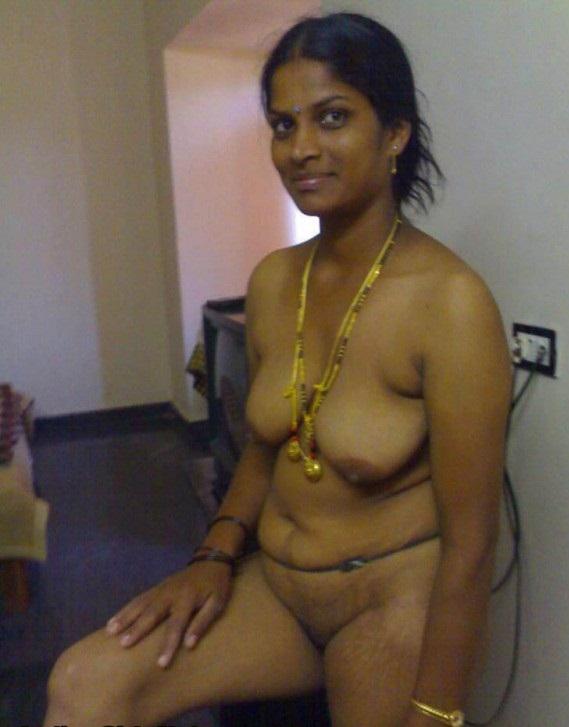 Aunty mulai tamil big nude