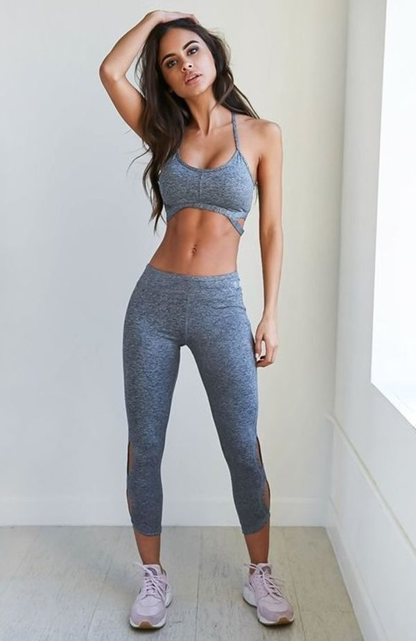 Hot gym girl yoga pants