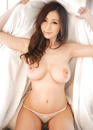 Hottest asian beautiful girls nude pix