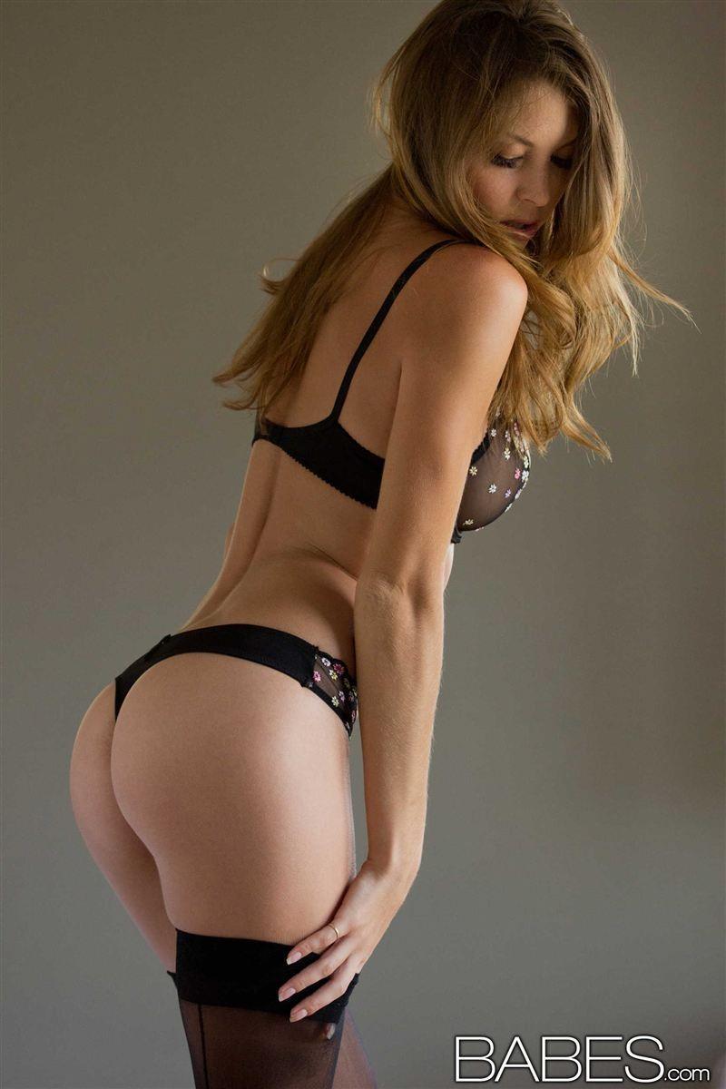 Amber sym black lingerie