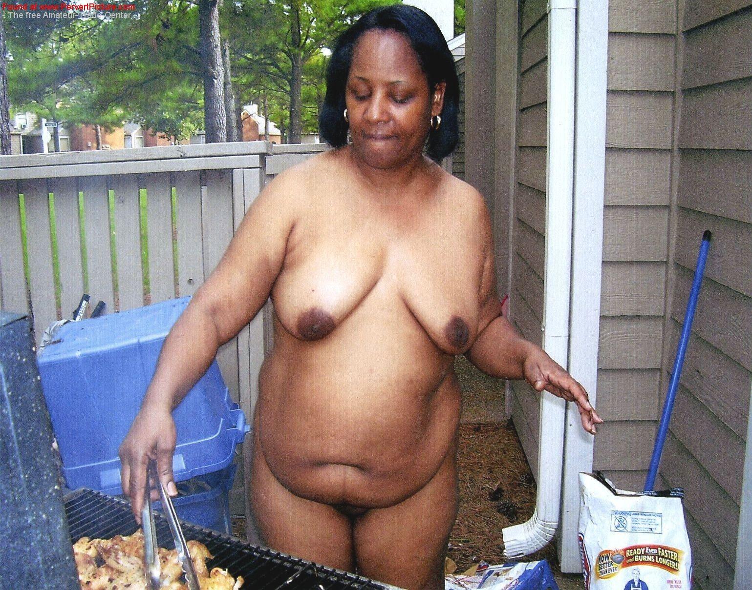 Elderly woman ebony nude pic