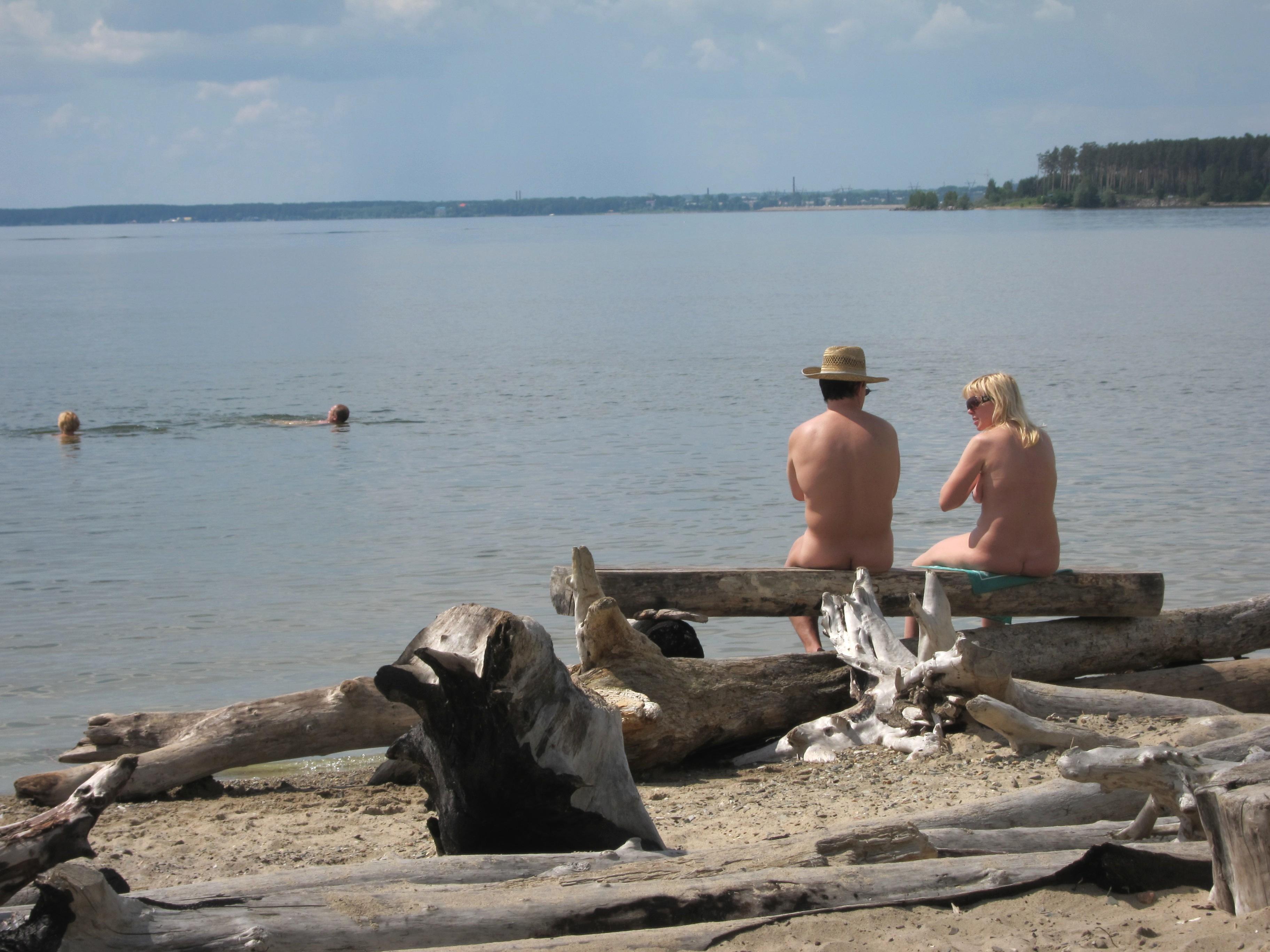 Nudist couple in oregon