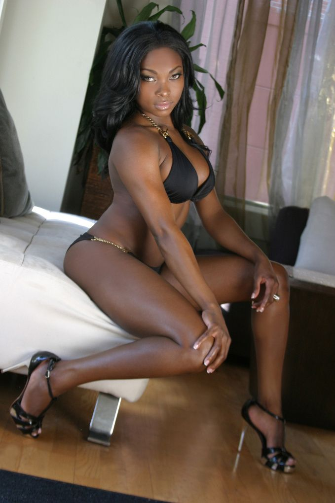 Sexy ebony black woman hot pics