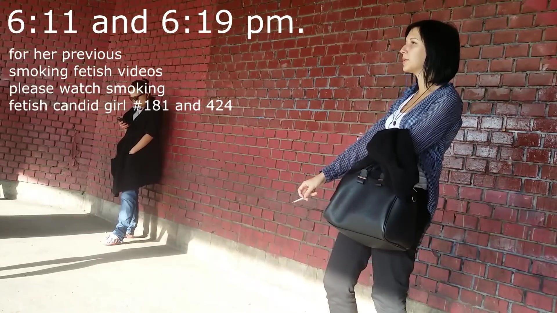 Street candid smoking fetish
