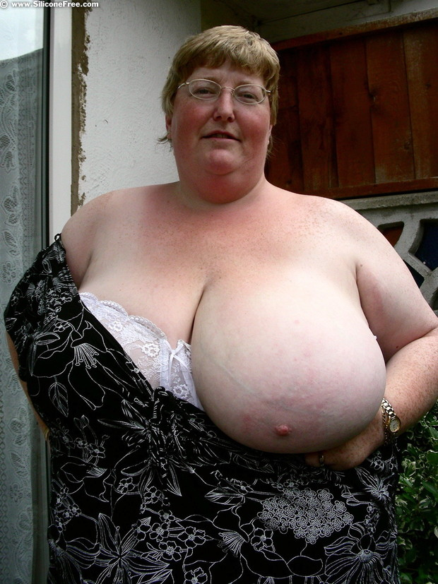 Bbw granny big boobs