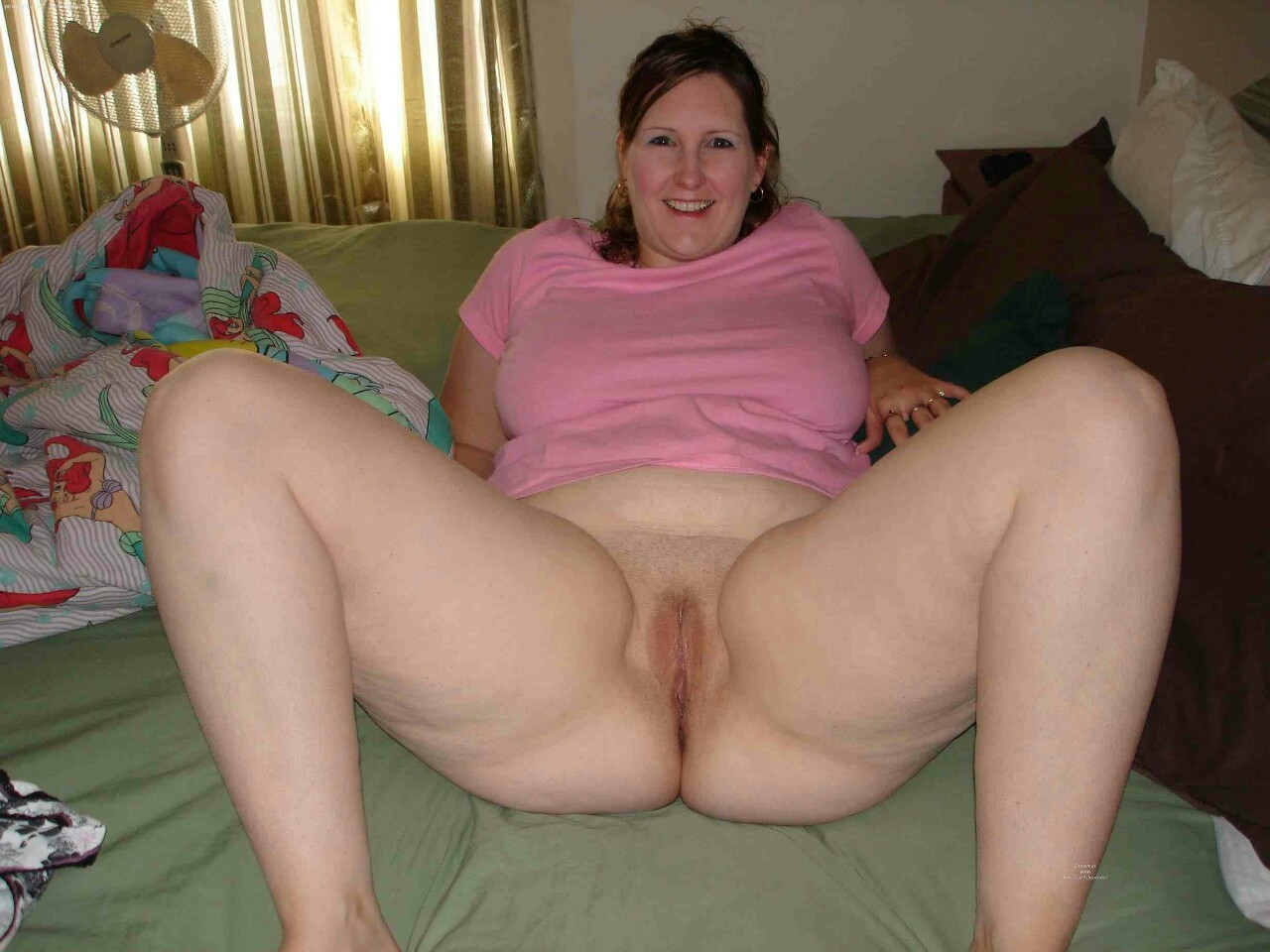 Naked spread legs chubby black