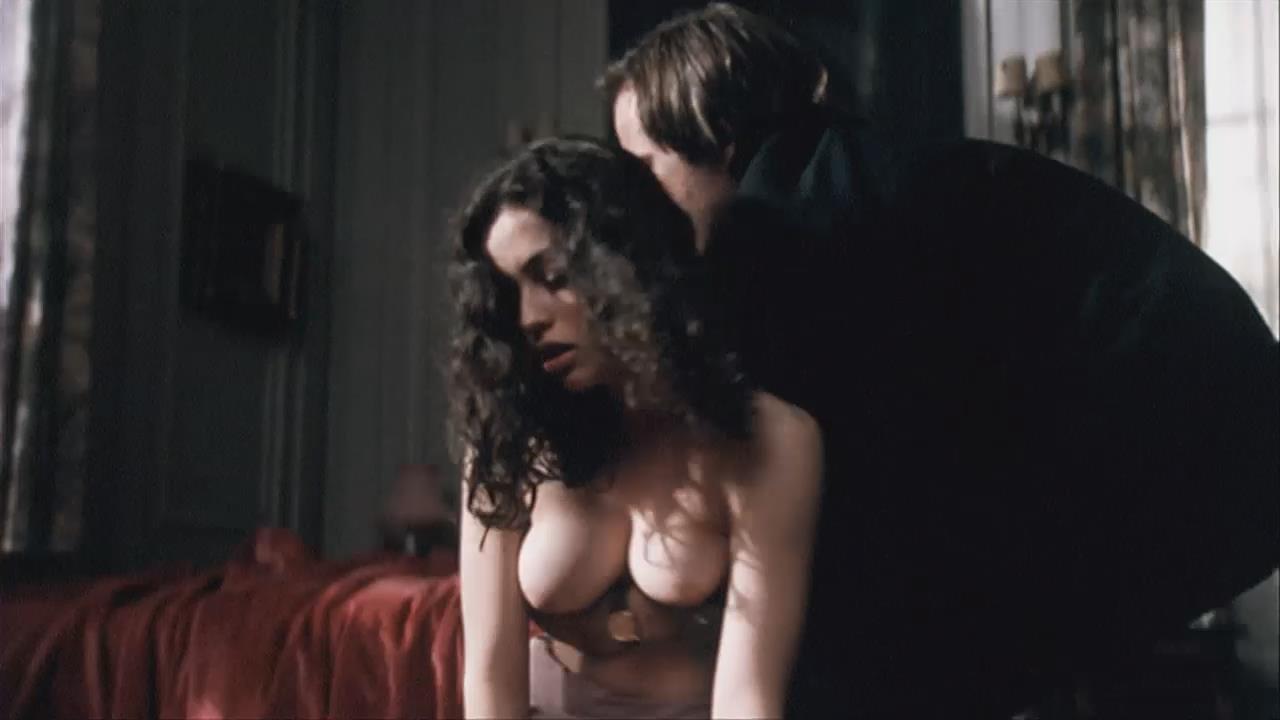 Emmanuelle vaugier free nude photos