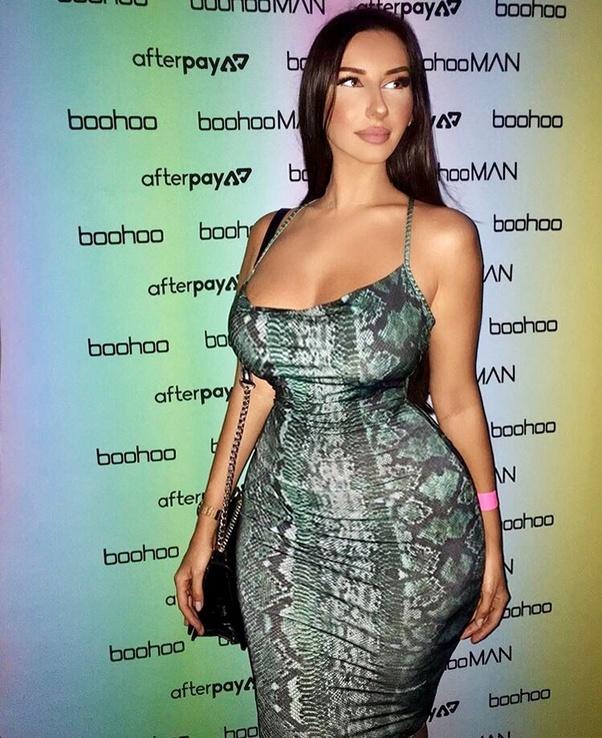 Wide hips big ass women
