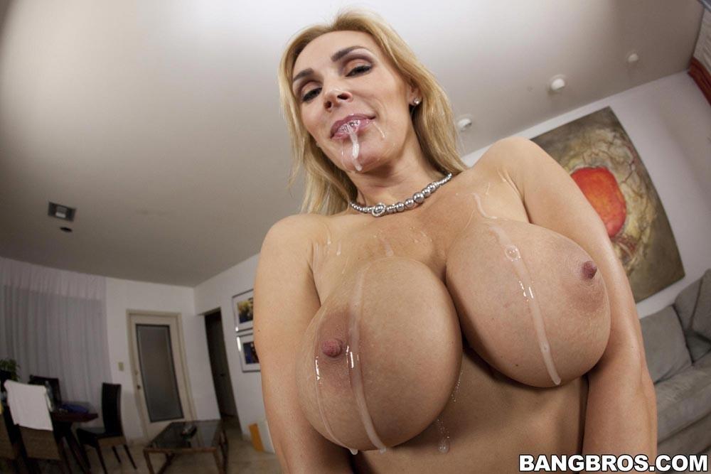 Busty blonde milf porn