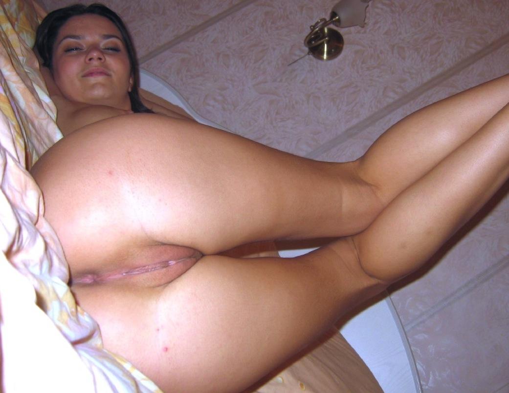 Naked college girls porn
