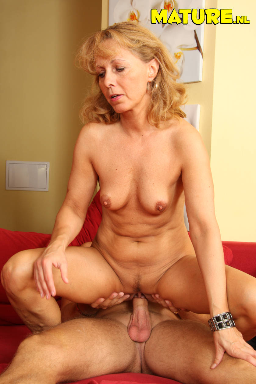 Old women nude fucked by boys