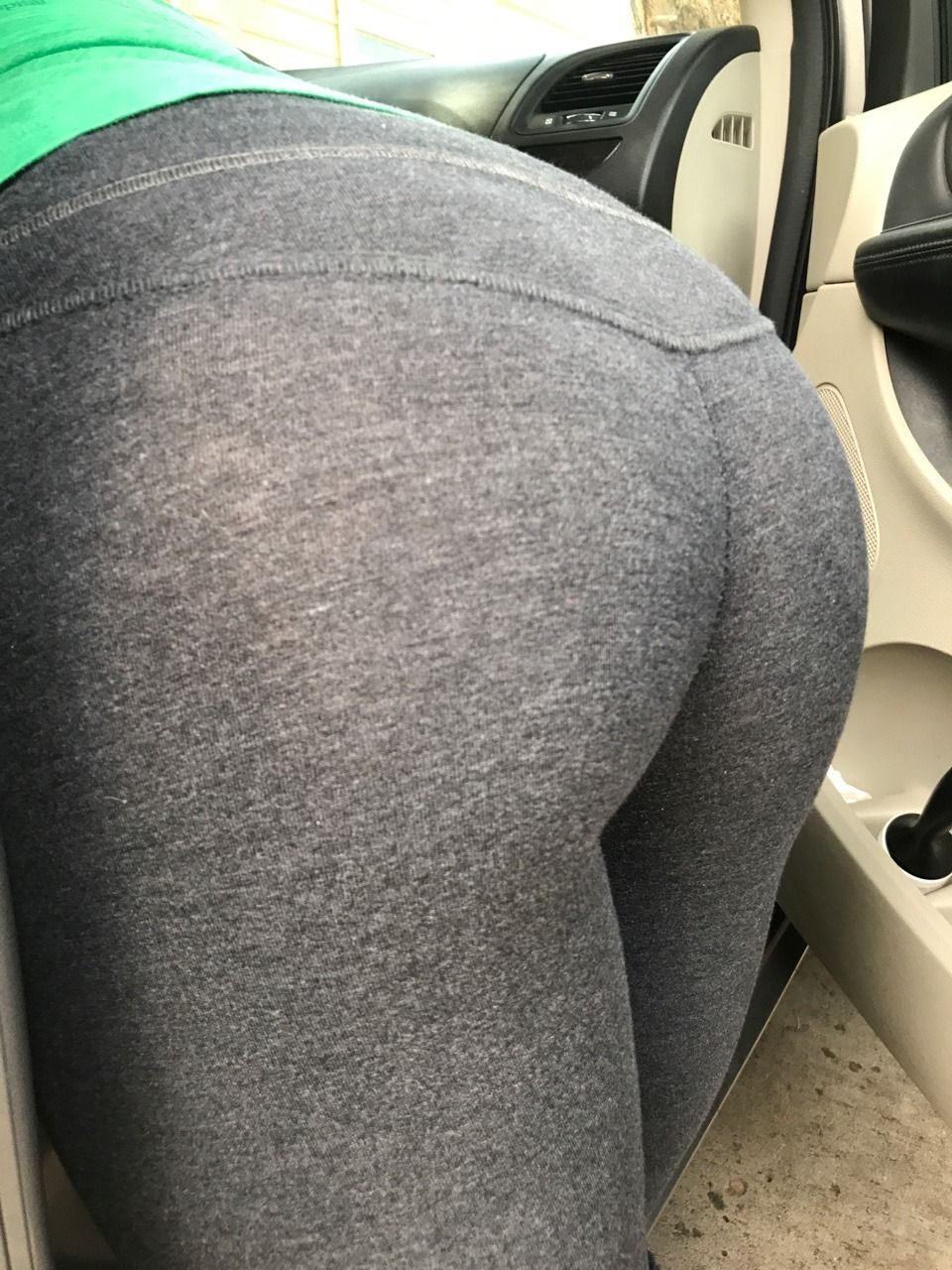 Ass bent tight over candid jeans