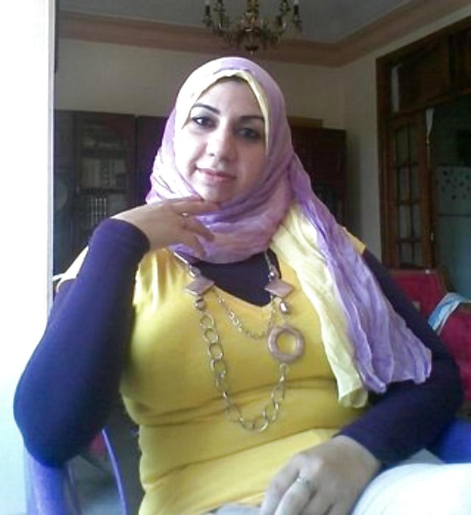 Huge arab boobs pics