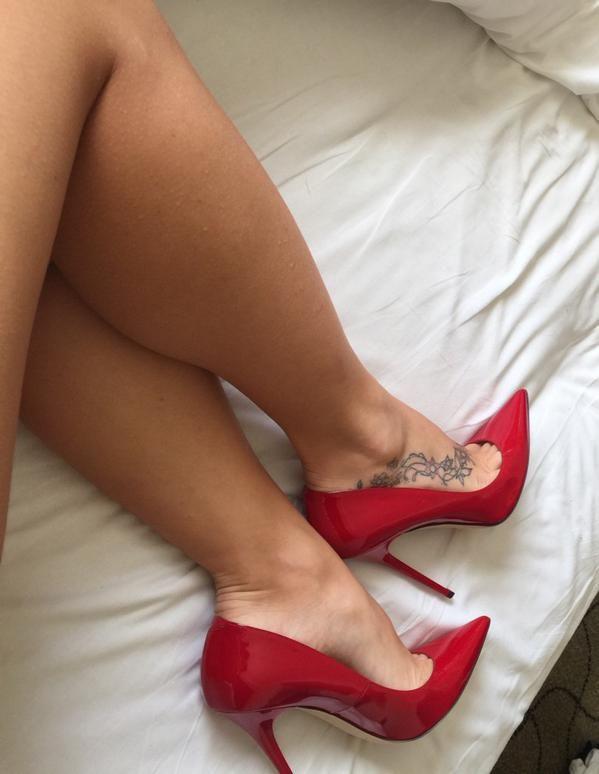 Feet heels pictures porn