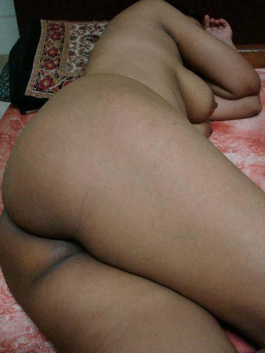 Nude xxx photos sleeping desi