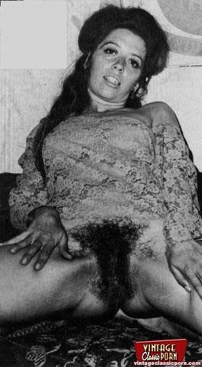 Naked women hairy vintage