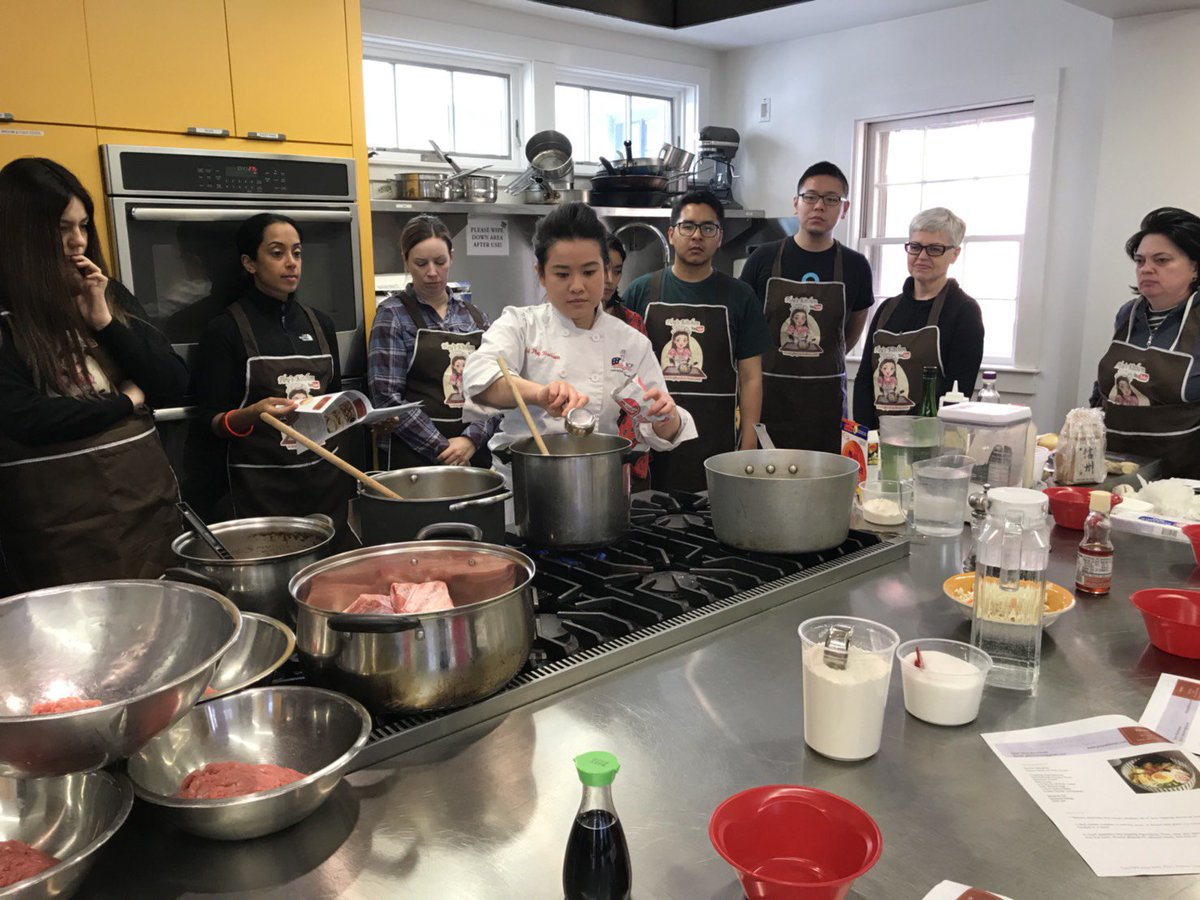 Adult learning cooking classes