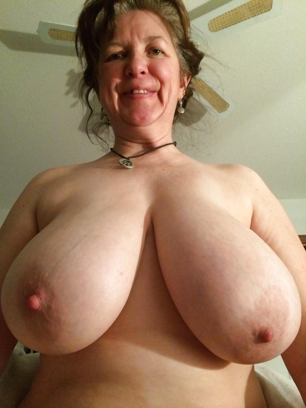Chubby tit grandma nude