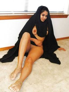 Xxx photo arabian hot girl