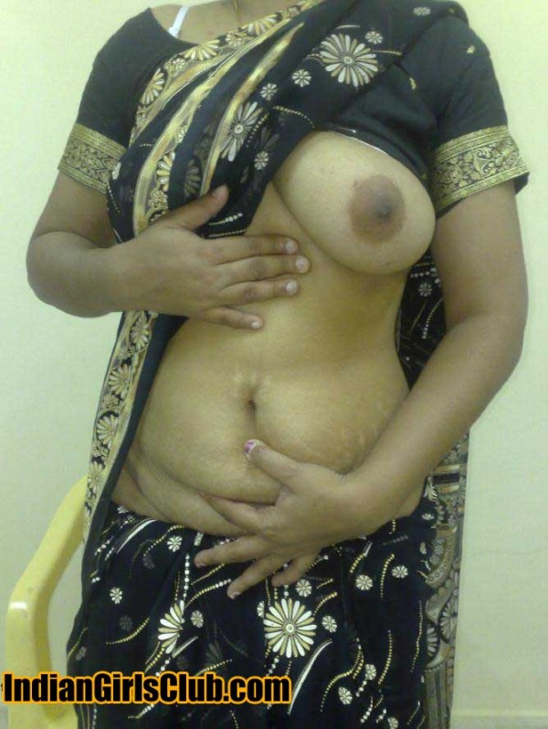 Indian saree aunty boob show pictures