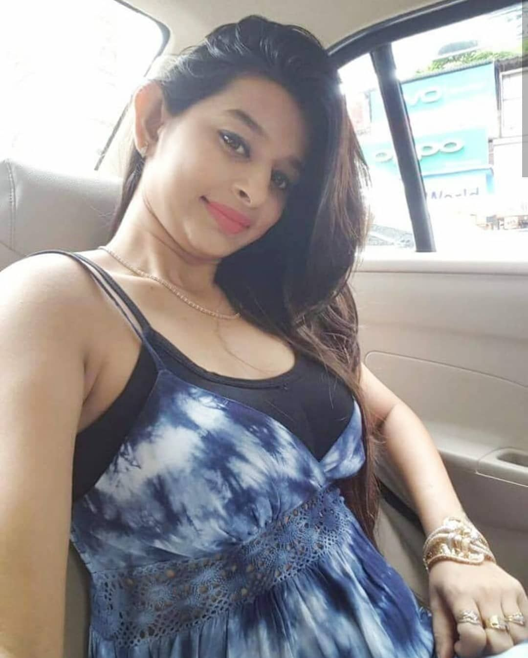 Hot boobe indian girl