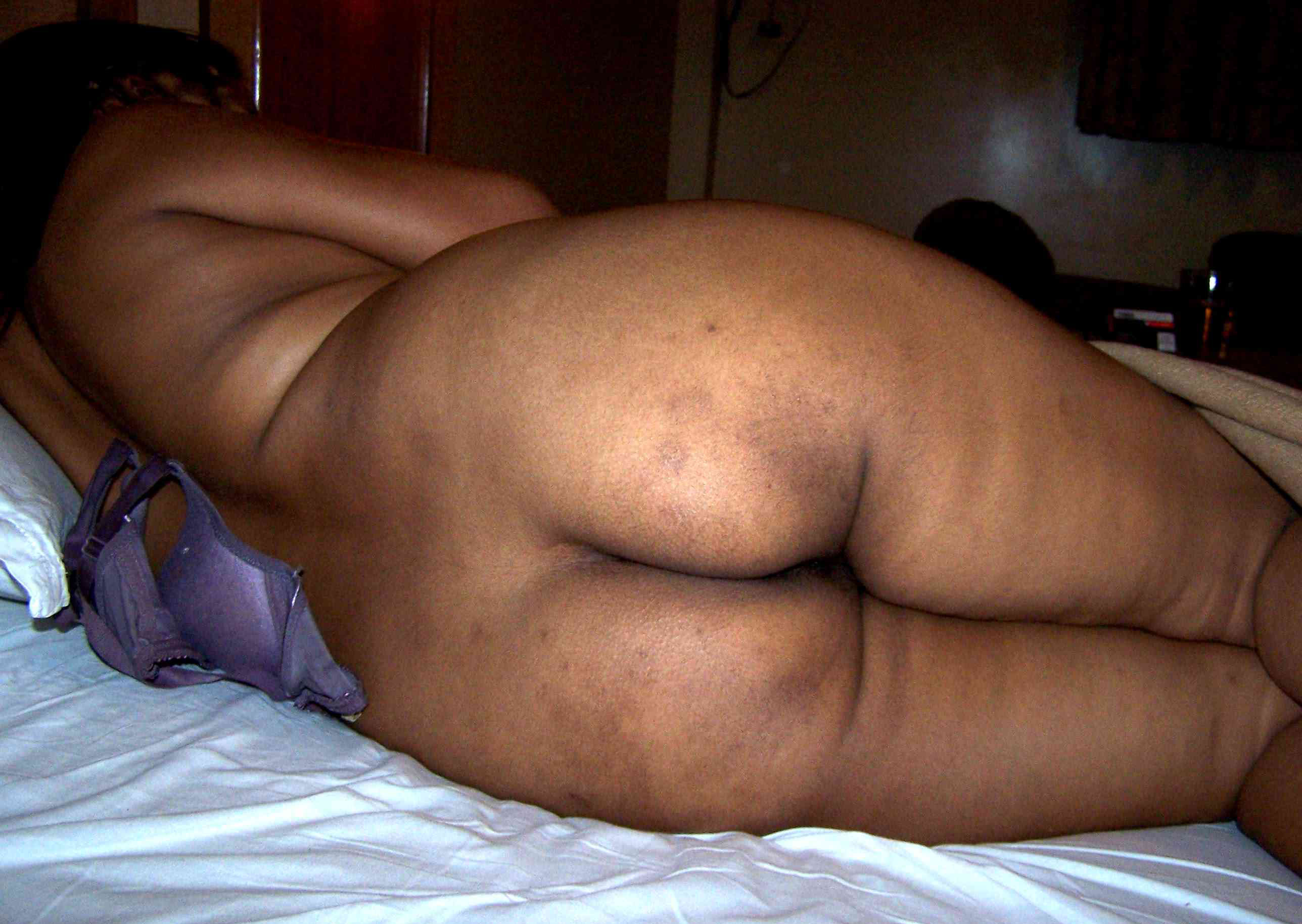 Indian with big naked bums