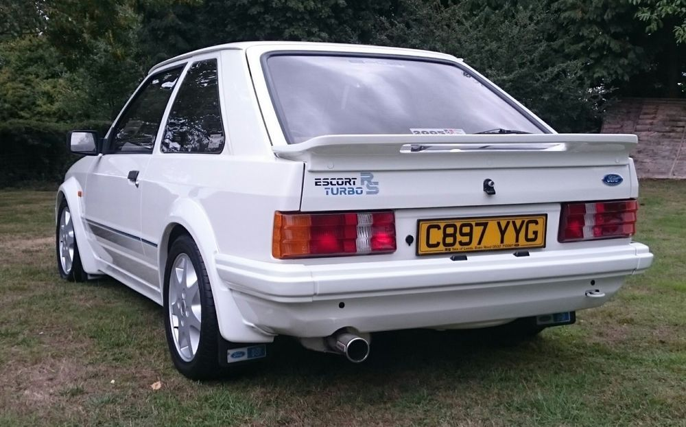 Escort rs turbo car