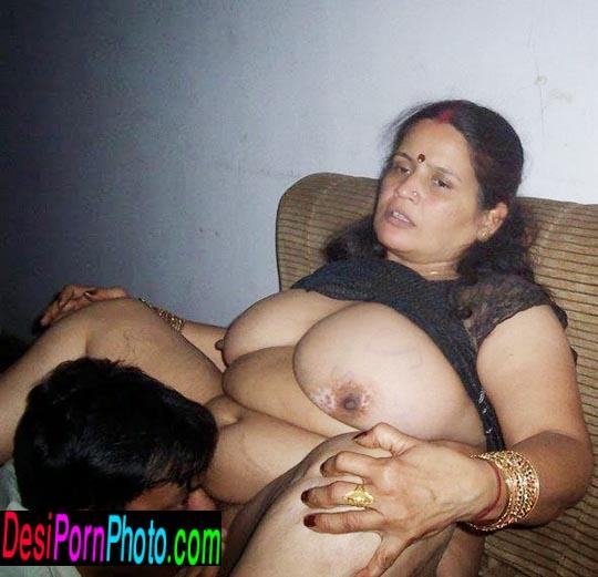 Tamil desi xxx young aunty