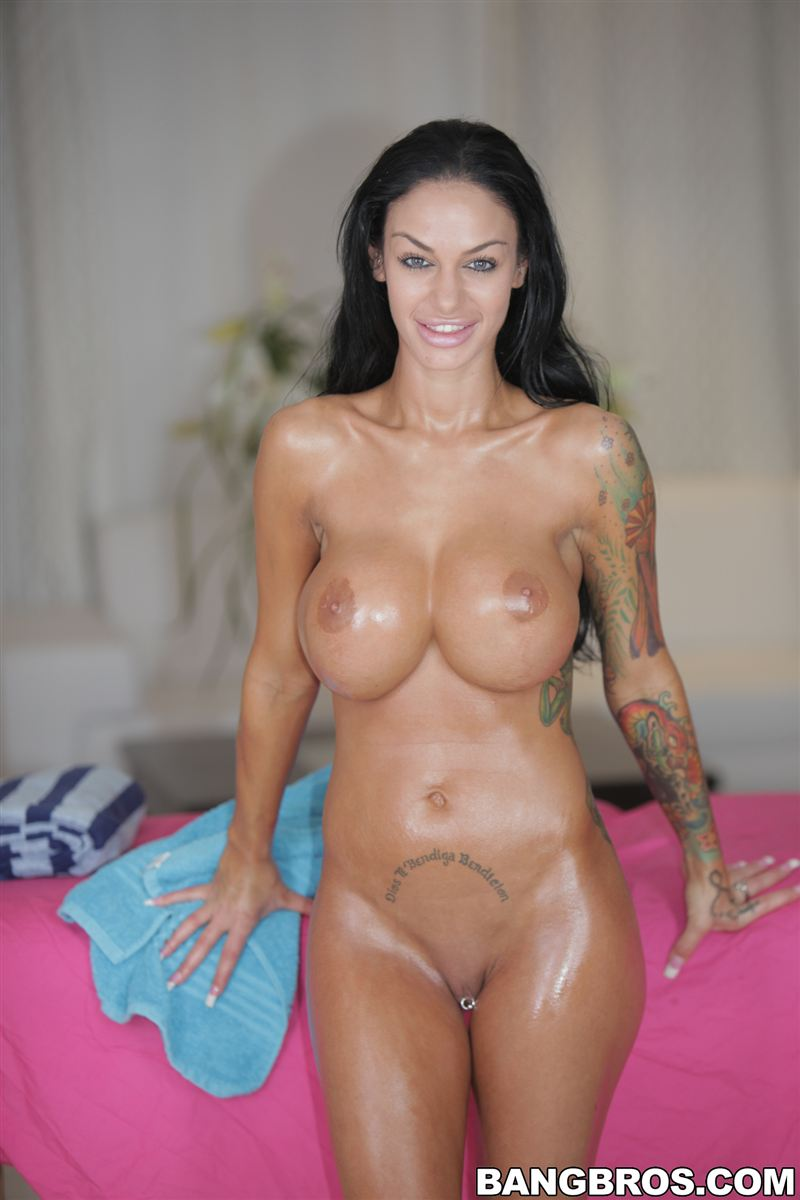 Angelina valentine naked nude