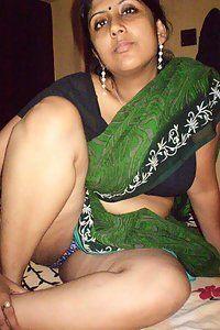 Hot boob aunty pic