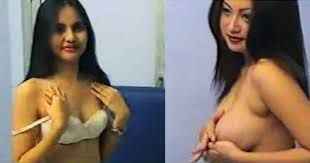 Foto telanjang artis indo
